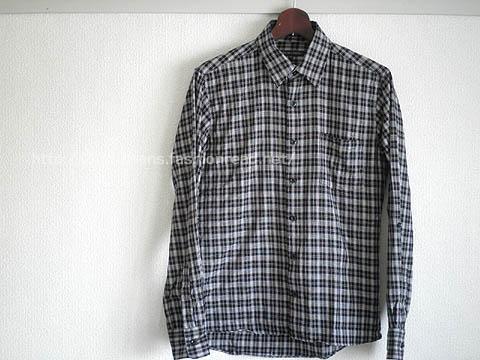 シックな雰囲気のチェック柄カジュアルシャツ